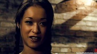 Skin Diamond enslaved