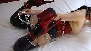 Meet her on DOM-MATCH.COM - girl selfbondage in latex
