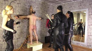 Mistress Ezada &amp, Catarina whipping